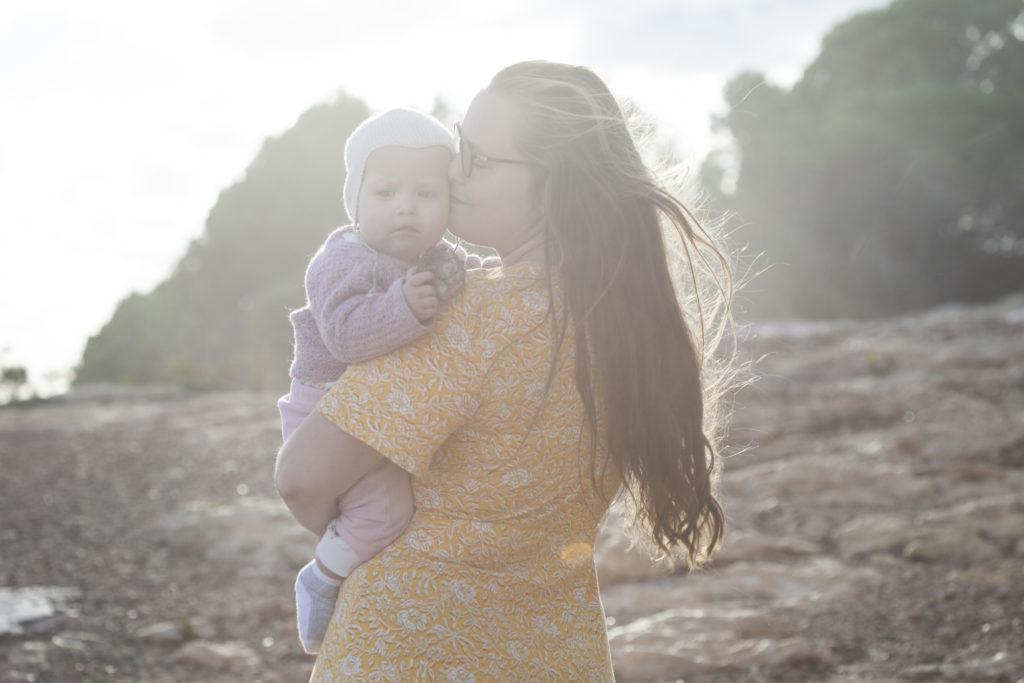 Vattenförlossning, mor och barn